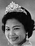 gandik diraja diamond tiara malaysia queen intan zaharah terengganu