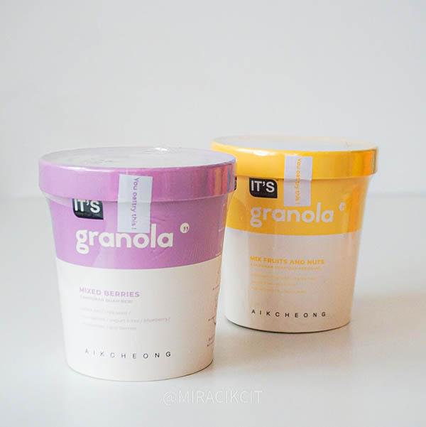 it's granola cup Aik Cheong Coffee