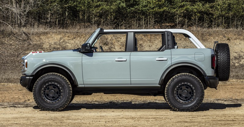 Nhu cầu tăng cao, Ford nâng sản lượng Bronco First Edition lên 7.000 xe