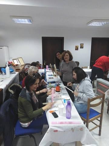 Σύλλογος Γυναικών Αρναίας μαθήματα decoupage (φώτο)