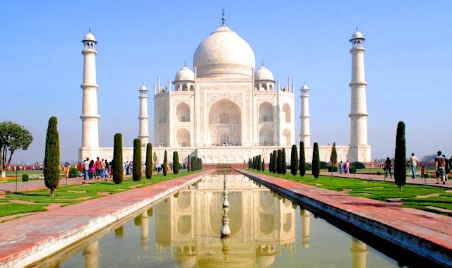 Objek Wisata Taj Mahal India Paling Indah