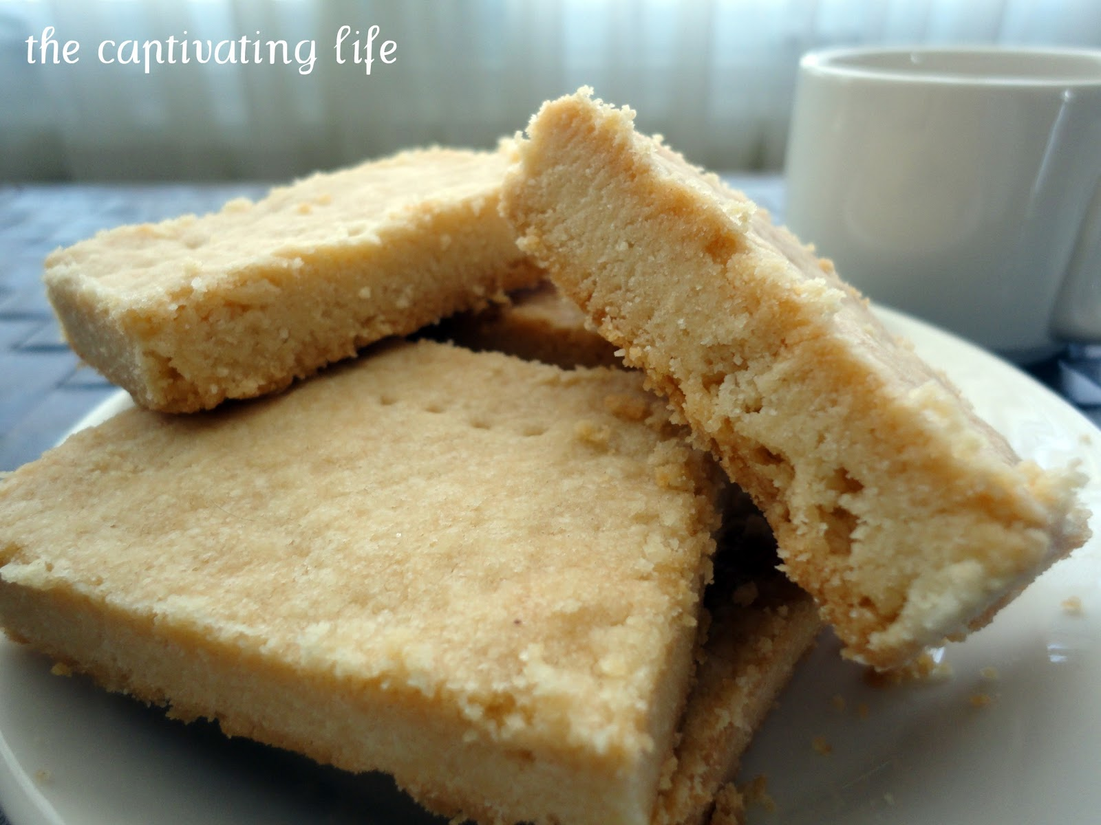 The Captivating Life: Easy Shortbread Cookies