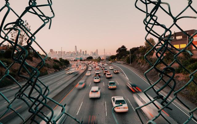 pengertian asuransi mobil all risk dan tlo