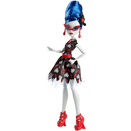 MH Love's Not Dead Ghoulia Yelps Doll
