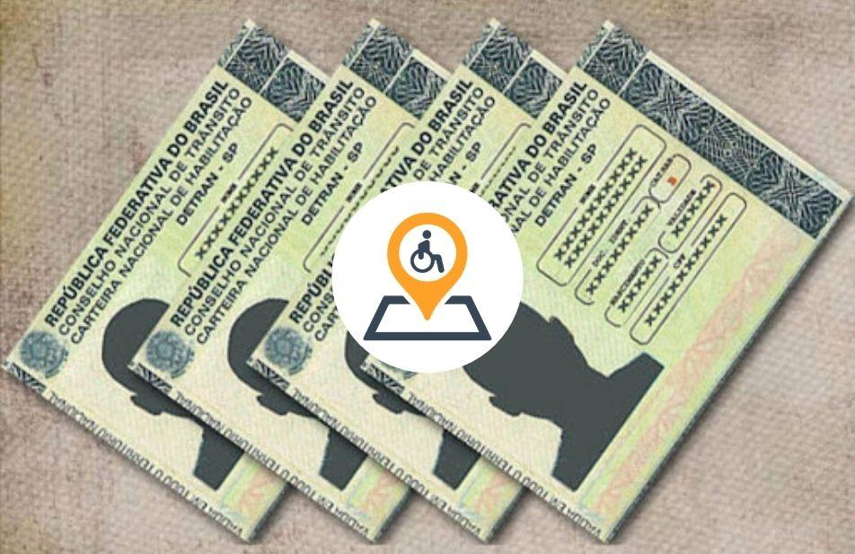 A imagem traz algumas carteiras de habilitação e no centro a logomarca do blog território deficiente