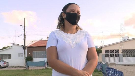 mulher presa estelionato mentir bolsa encontrada
