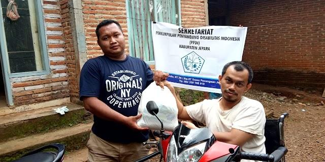 PPDI Jepara salurkan Sumbangan Sembako kepada Anggota