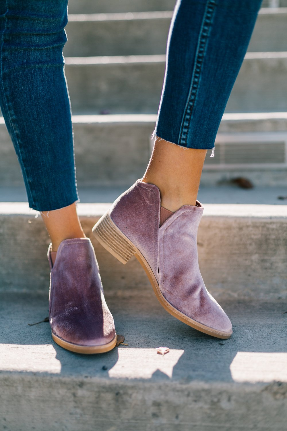 The Best Fall 2018 booties starting under $50 :: Effortlessly with Roxy