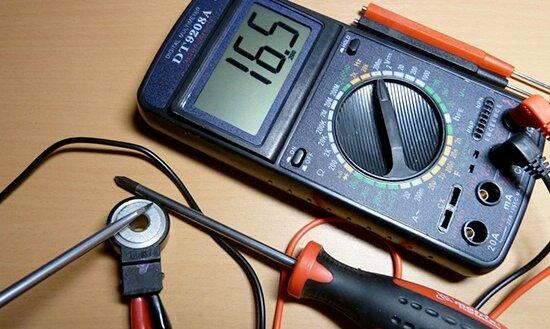 como probar un sensor de detonacion con multimetro