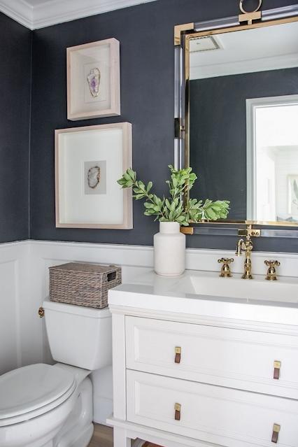 banheiro moderno preto branco sob medida