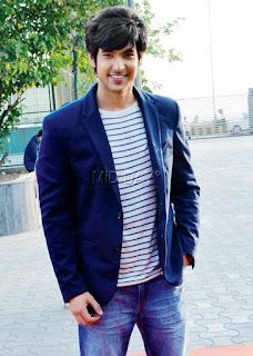 Foto-Foto / Gambar Shivin Narang Pemeran Ranvi di Serial Veera