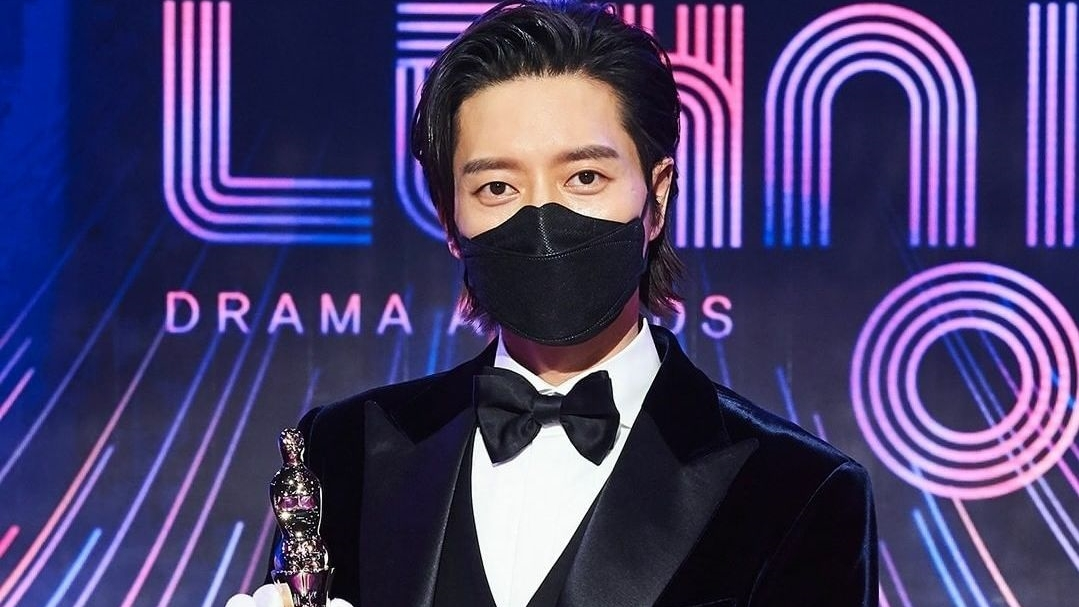 Winning First Daesang Cup, Park Hae Jin Admits He Is Depressed