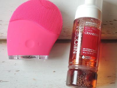 Oczyszczanie twarzy-Pianka Neogen Żurawina