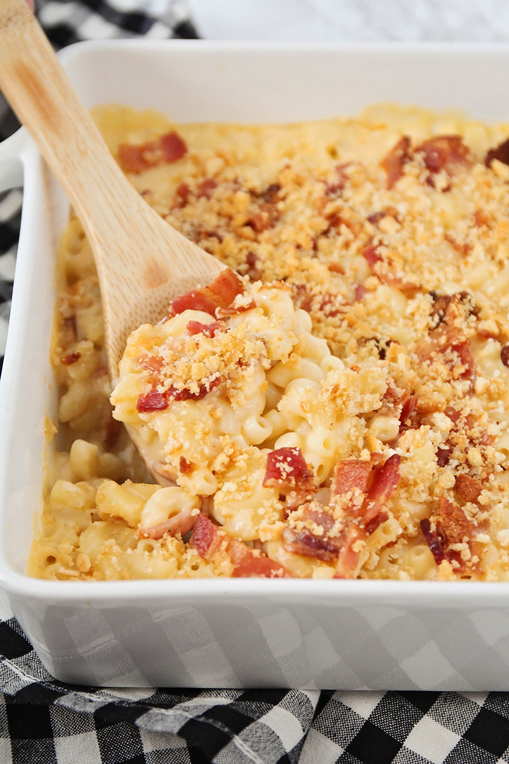 This savory bacon mac and cheese is super cheesy and packed with crisp bacon pieces. It's a delicious and hearty dinner!