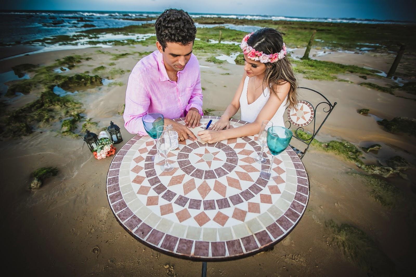 esession-praia-noivos-mesa-1