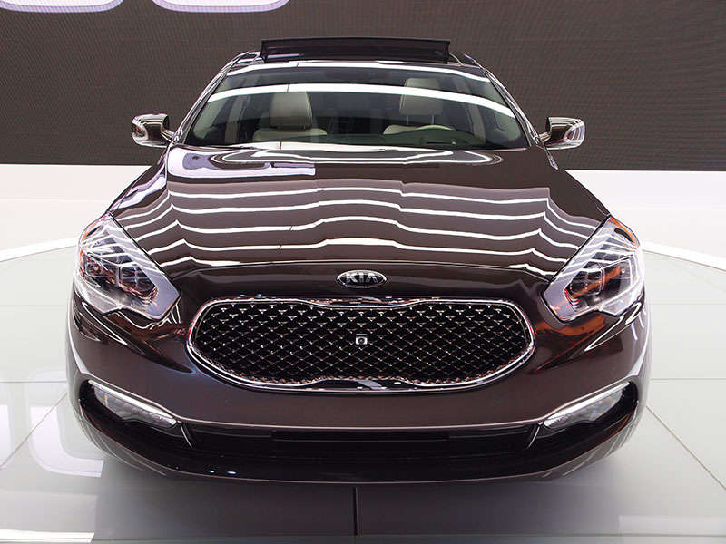 2016 Kia Cadenza Pictures Front View 5