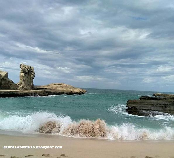 Pesona Seribu Keindahan Pantai Klayar Pacitan Jawa Timur