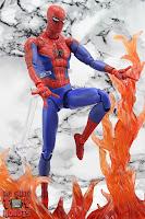 MAFEX Spider-Man (Peter B Parker) 36