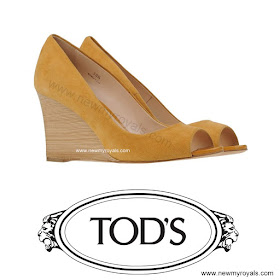 Princess Marie Style TOD'S Wedge Pumps