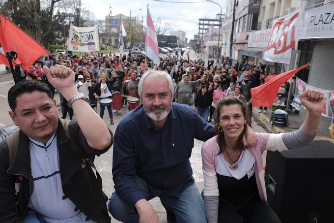 Acto de cierre en Pilar Alejandro Bodart junto a Natalia Espasa firmaron un compromiso de ética pública.
