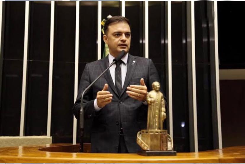 Exclusivo!: Deputado Fernando Santana muda domicílio eleitoral para Juazeiro do Norte