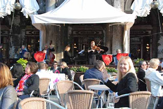 Pat Dunlap Music at Caffe Florian St. Mark's Square Piazzo San Marco Venice Italy