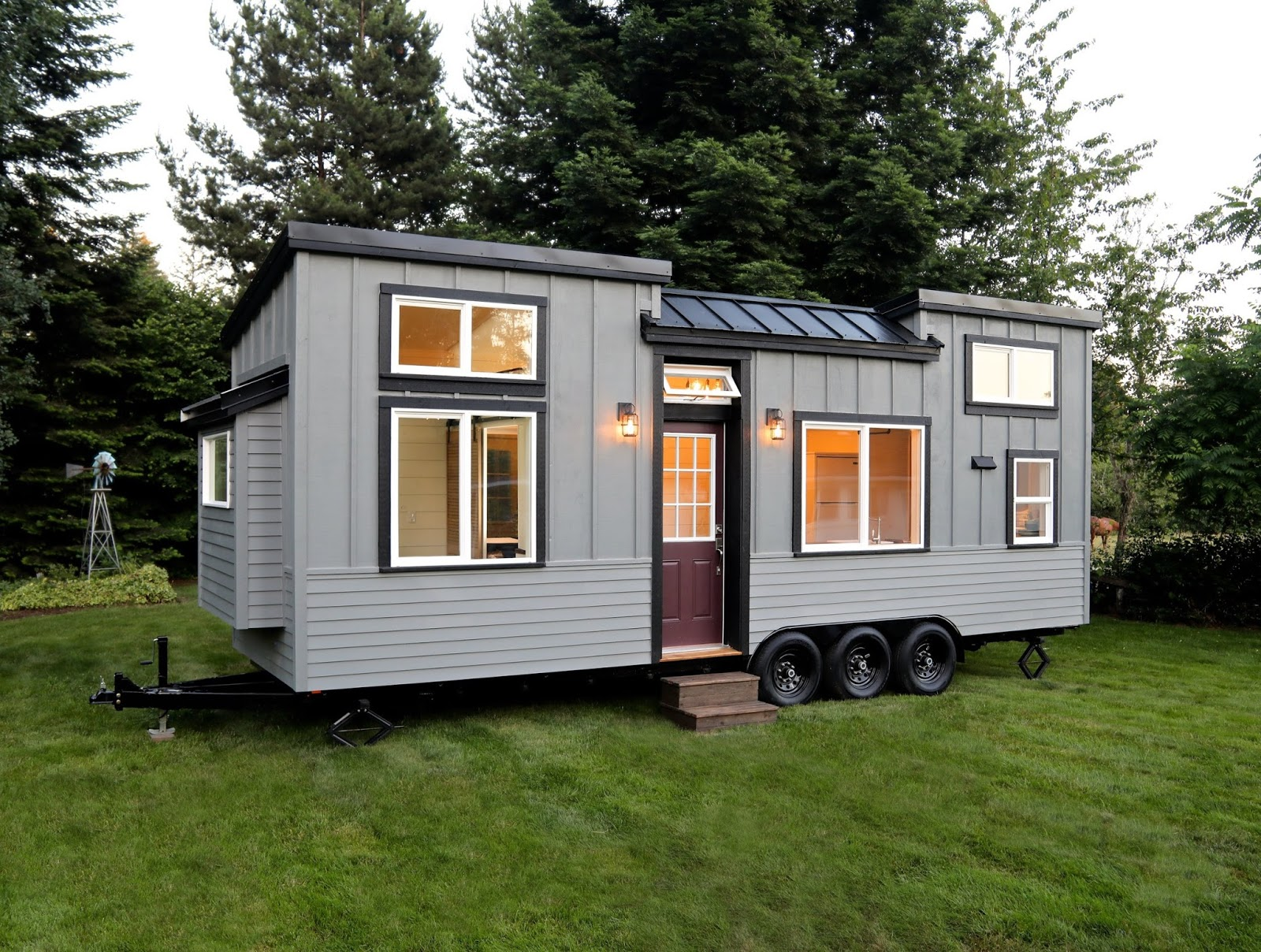 Tiny Home Designs: TINY HOUSE TOWN: Pacific Pioneer From Handcrafted Movement