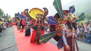 Pesan Indah Dari Festival Sigalegale Carnival