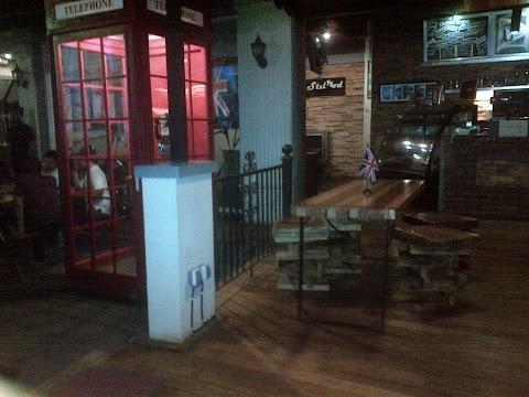 STILROD CAFE, SURABAYA