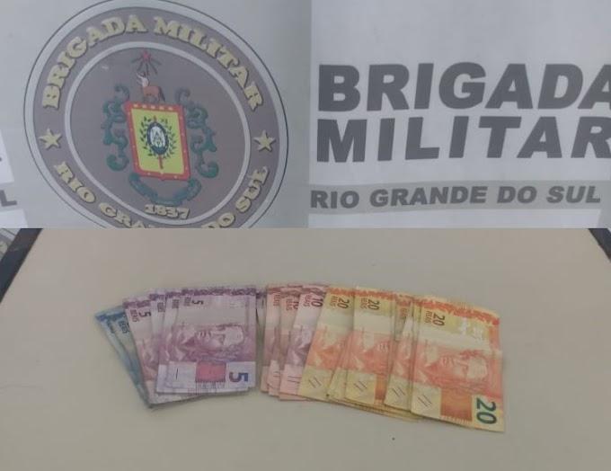 Ladrão é preso após roubar uma farmácia na Granja Esperança em Cachoeirinha