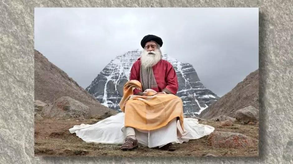 sadhguru image in meditation