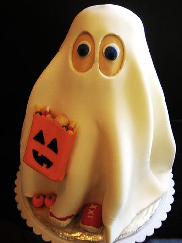 Хэллоуин, декор блюд, еда, блюда на Хэллоуин, праздник, для праздника, для Хэллоуина, блюда-монстры, дизайн блюд, идеи на Хэллоуин, фото-идеи, сладости на Хэллоуин, Идеи дизайна для Хэллоуинских блюд