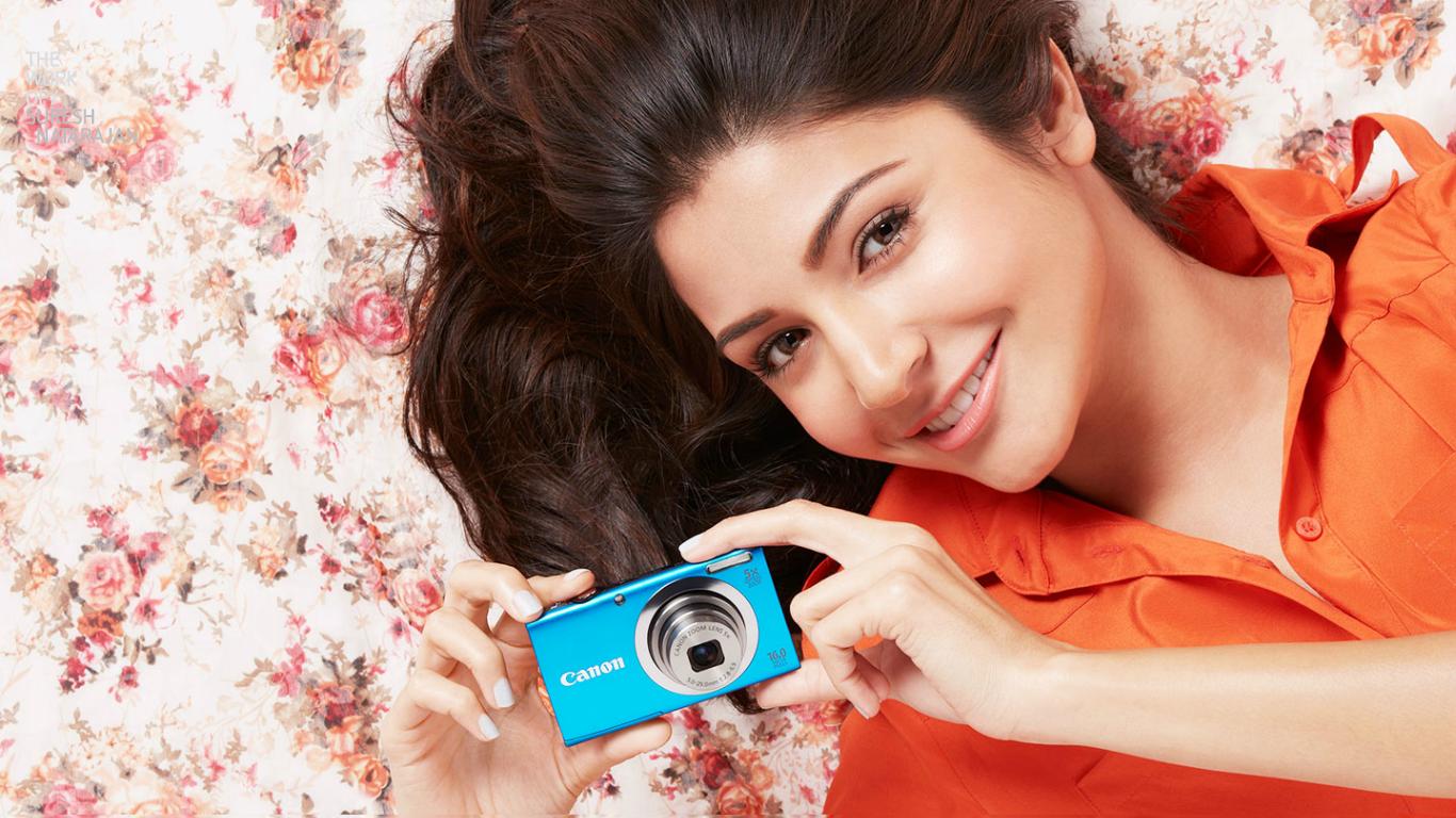 anushka sharma camera wallpaper