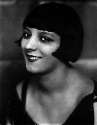 Kiki de Montparnasse la modella de Le violon d'Ingres