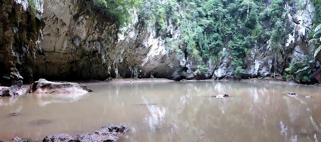 Hidden Lagoon con su aspecto de ciénaga por el barro arrastrado por el Monzón