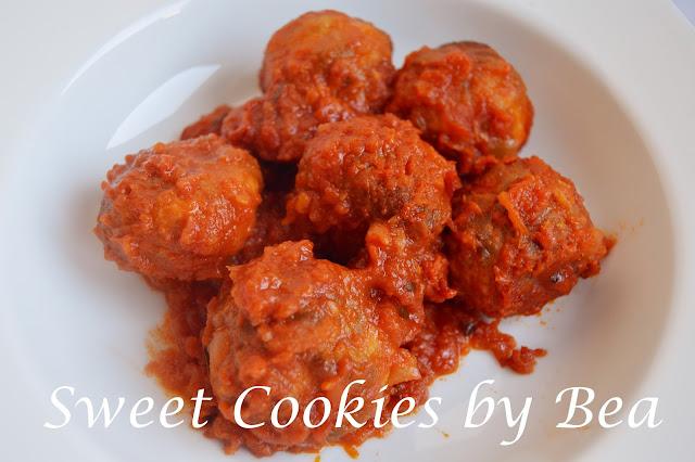 Albóndigas de pollo al horno con tomate