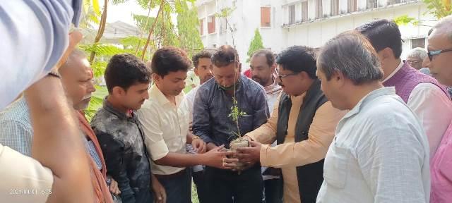 बिहार के गांव गांव में शुरू होगा पुस्तकालयों को बचाने के लिए जन आंदोलन : सुदामा प्रसाद