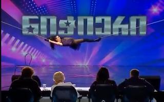Συνδύασε ακροβατικά με τον χορό και το αποτέλεσμα εξωπραγματικό (Βίντεο)
