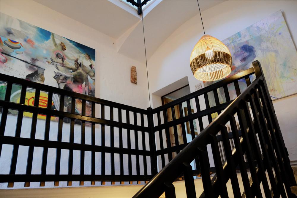 Resumen de la inauguración de Expo AlcaufArt, celebrada en Alcaufar Vell Hotel Rural & Restaurant el pasado jueves. una exposición de arte colectiva, donde estrenamos el arte en madera de Menorca Maker