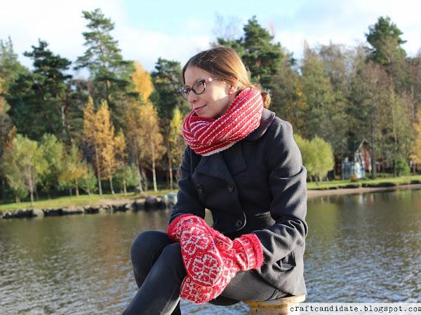 Winter Rose -lapaset ja punavalkoinen kauluri - Mittens and cowl