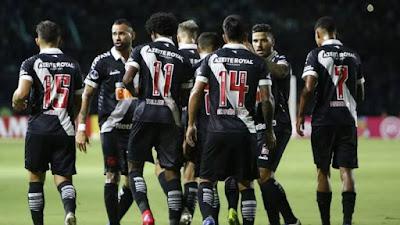 Vasco paga salário de janeiro a jogadores que ganham até R$ 50 mil