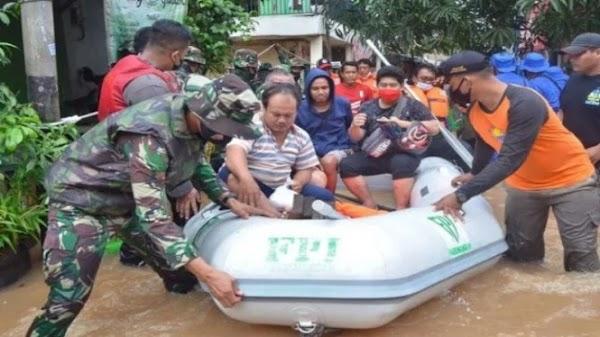Polisi Bantah Gunakan Perahu Karet FPI Evakuasi Korban Banjir, Melainkan Disita