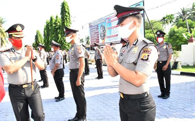 78 Anggota Polres Aceh Timur Naik Pangkat