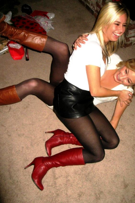 Teens pantyhose inhabi.com: Country