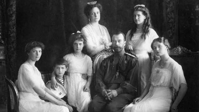 Dibantainya Anak - Anak Tsar Nicholas II