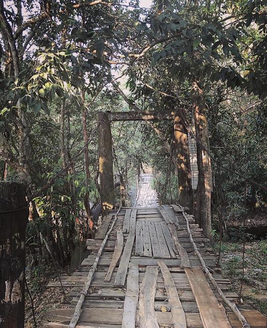 Đường đi Suối Đá Bàn