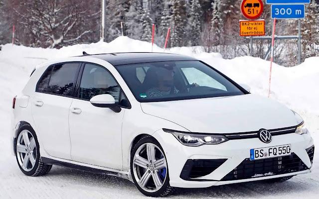 VW Golf R 2021 Mk8