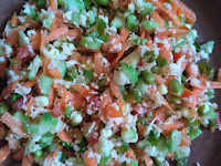 Carrot, Ridge Gourd, Green gram sprouts,  Tomato, Coriander, Mint Leaves, Coconut