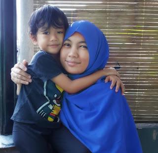 5 Manfaat Sentuhan Ibu