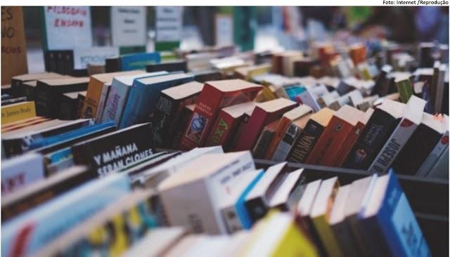 MERCADO LITERÁRIO - Por que escritores têm tanta vergonha de vender livros e usar estratégias de marketing?